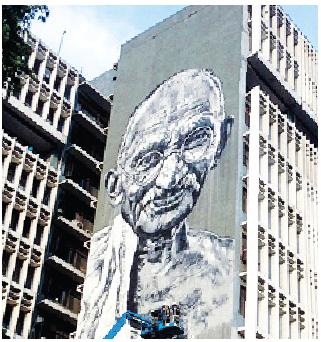 Mahatma Gandhi mural, Artists- Hendrik Beikirch (ECB) & Anpu Varkey, Location: Delhi Police headquarters, ITO, New Delhi